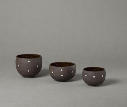 black bowls with porcelain dots